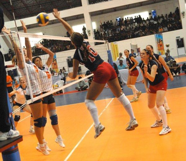 volleyball-671968_960_720